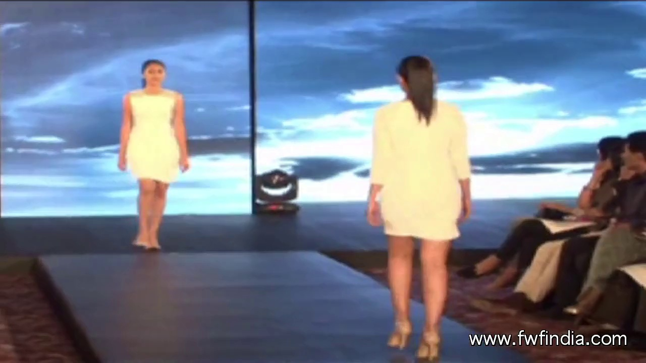 ( Beat_Bullet_Full_Track.mp3) PRESS CONFERENCE DEEPIKA & VAN HEUSEN LAUNCH LIMITED EDITION02