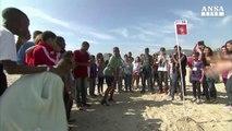 Mondiali, flash mob contro lavoro minorile