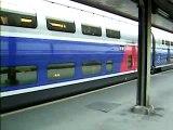 TGV duplex à la gare de Lyon (Paris).