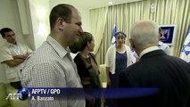 Shimon Peres recebe pais de jovens sumidos
