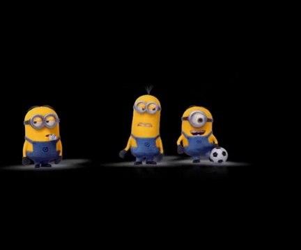 Minions Jogando Futebol