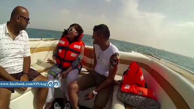 شاهد|| آثار الحكيم تطلب من رامز جلال مضاعفة أجرها بعد حصولها على 50 ألف جنيه