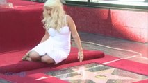 Christina Aguilera Tweets A Pic Of Her Baby Bump