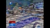Foça'da sıcaktan bunalan vatandaşlar plajlara akın etti.