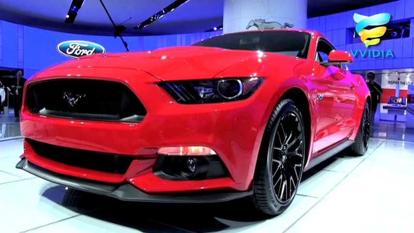 Red Ford Mustang Gt