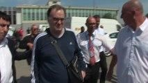 L'arrivée de Marcelo Bielsa à l'aéroport Marseille-Provence