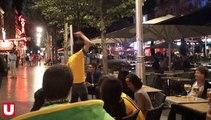 Des supporters brésiliens chantent la Marseillaise