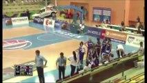 Basket - Insolite : Elle marque volontairement contre son camp !