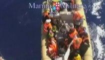 Trente corps de migrants retrouvés dans un bateau au large de l'Italie