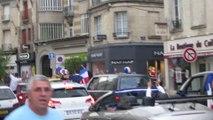 Les supporters escaladent le mobilier urbain à Soissons