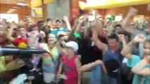"""232 enfants malade du cancer chante """"I Believe"""" pour soutenir l'équipe de FOOT des USA!"""