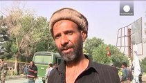 Afghanistan: attacco kamikaze a Kabul contro bus di militari, 8 morti
