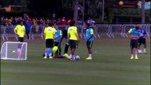 Coupe du monde Brésil 2014 : Quand Maicon se prend le ballon dans les « parties intimes »