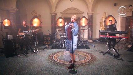 Rita Ora - How We Do (Party) (Official live)