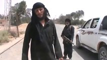İŞİD ve Nusra Çatışıyor Petrol Rafinerileri İŞİD Kontrolüne Geçti