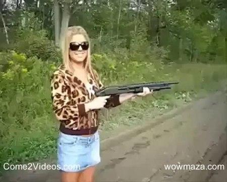 Girls With Guns hahaha Very Funny Video Must Watch - WOWMAZA