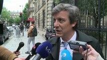 """Le PS se réunit après la """"claque"""" des Européennes"""