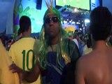 Des supporters brésiliens en pleurs quittent Copacabana