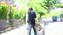 Tit For Tat Boy Slap To Girl - Pakistan Zindabad