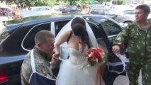En Ukraine, mariage en treillis pour un commandant séparatiste