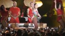 Jennifer Lopez prouve qu'elle est toujours la reine des fesses