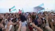 Mondial: les supporters Argentins déferlent à Copacabana