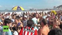 Les Argentins envahissent Copacabana