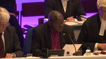 Historic Church of England vote approves women bishops