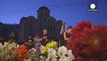Les Ukrainiens rendent hommage aux victimes du vol MH 17