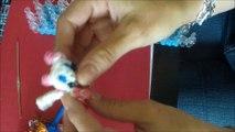 petite chatte toute mignonne MAIS VOIR LA VIDEO 2 EN RACCOURCICANT LES PATTES OU NON