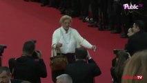 Exclu Vidéo : Madame Doubtfire pour donner du fun à cette dernière montée des marches à Cannes !