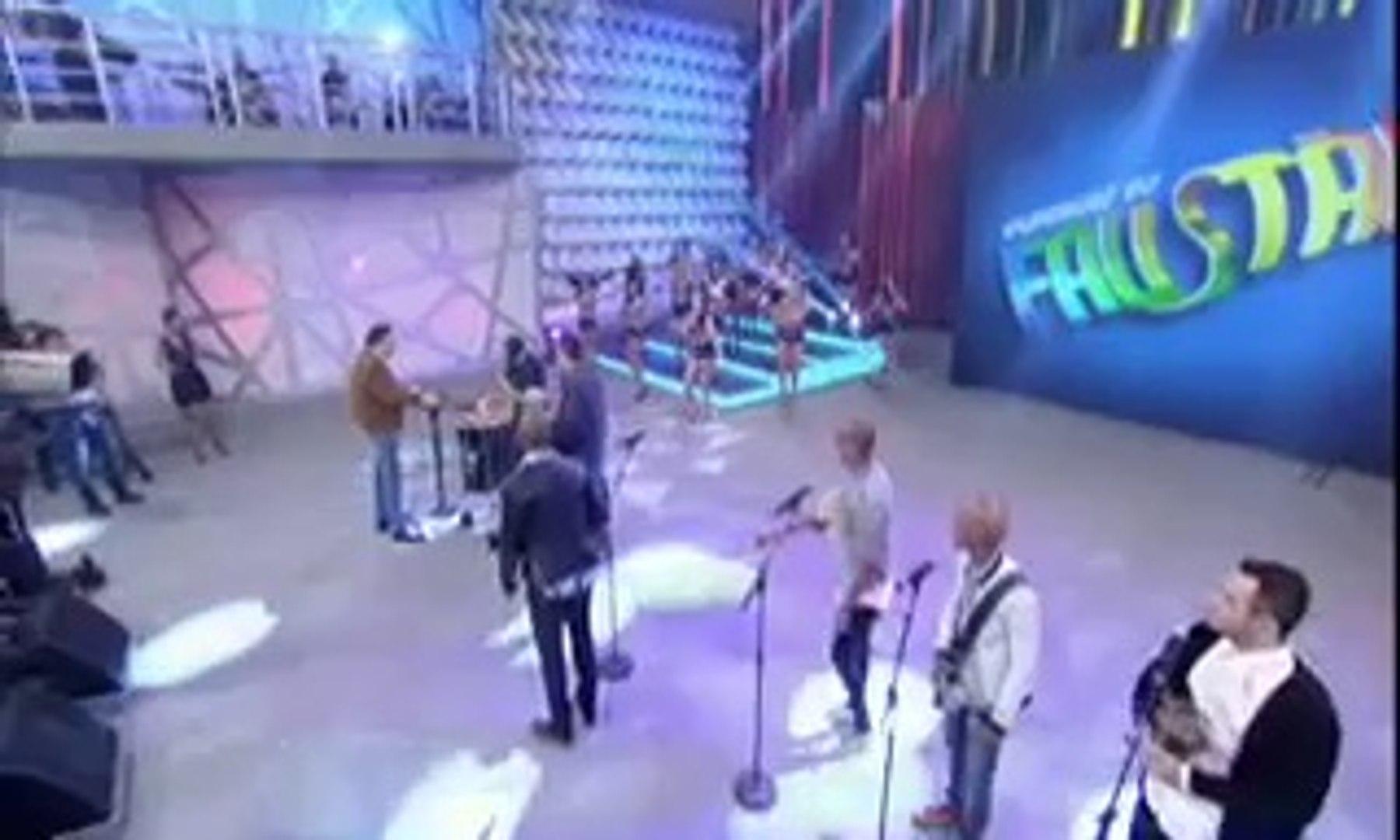 TV Globo 2014-07-20 Turma do Pagode no Faustão (3)