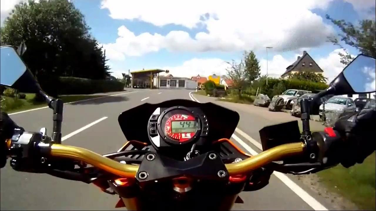 Kawasaki Z1000 GoPro