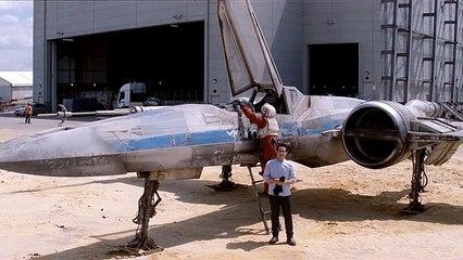 Star Wars Episode VII: New Version X-Wing Fighter Sneak Peak
