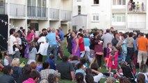Soirée d'ouverture renversante pour le 1er des Pique-Niques Kerhorres 2014 : plus de 1 000 spectateurs.