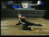 Breakdance Instruction - Basics Freeze