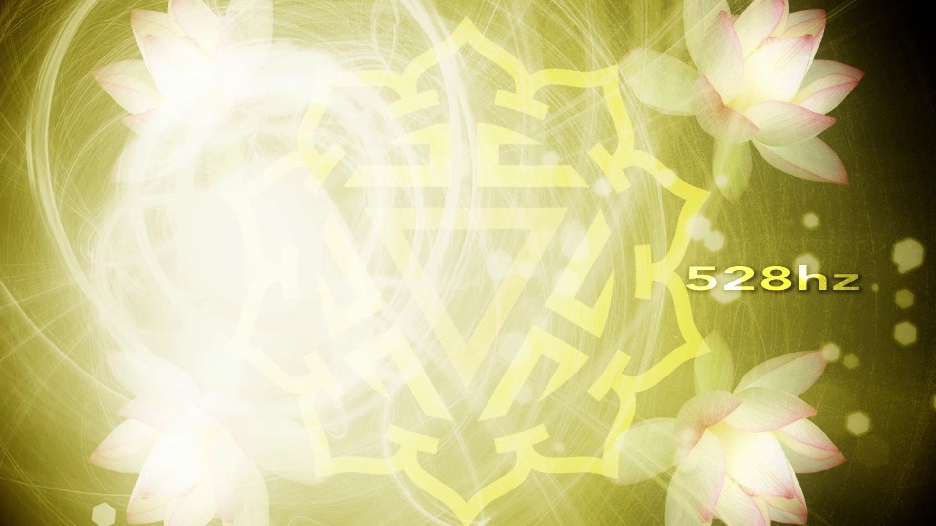 7 Minute Chakra Tune - Solfeggio Frequencies - 528Hz A=444Hz