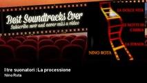 Nino Rota - I tre suonatori : La processione