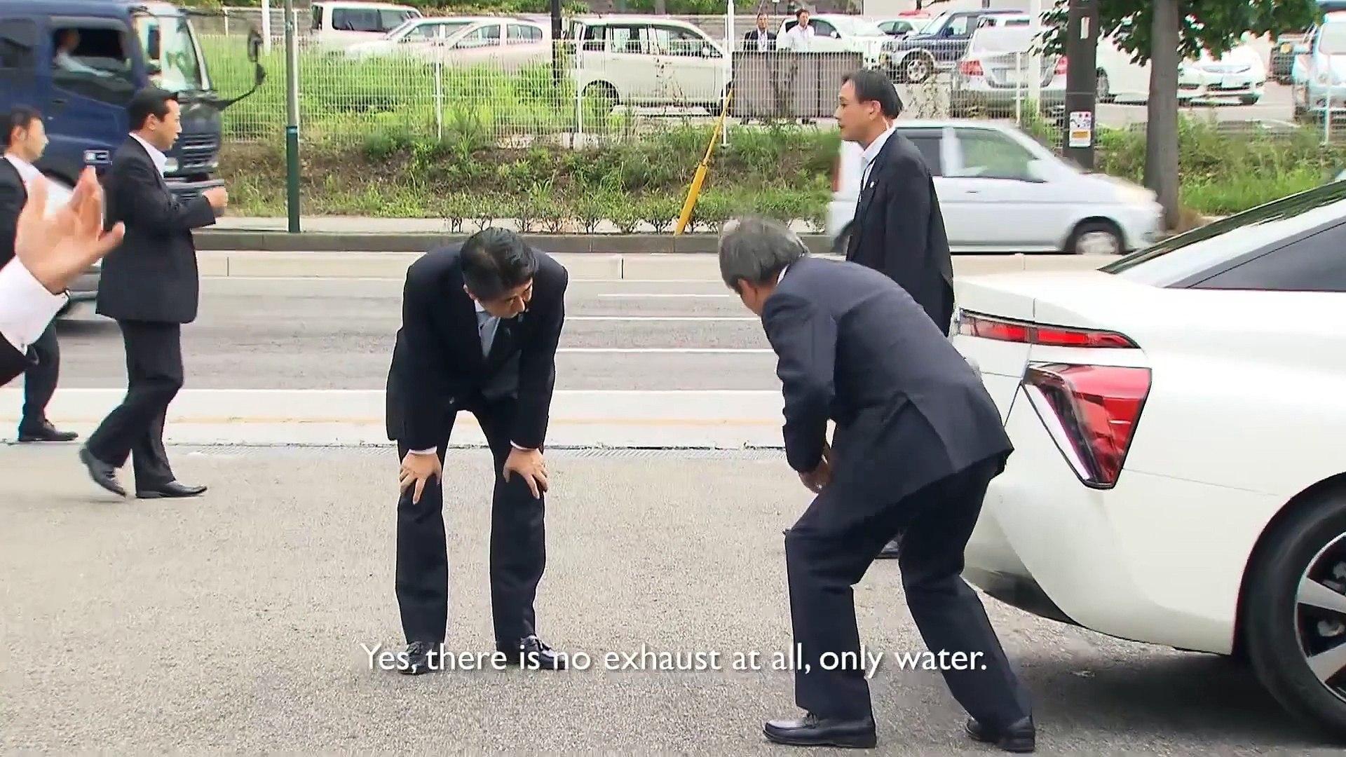 La Toyota FCV à hydrogène fait ses premiers tours de roues