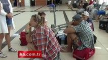 44 turist havalimanında mahsur kaldı