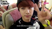 [Türkçe Altyazılı] American Hustle Life Unreleased Cut- Jin & V Playing by Themselves in the Airplane