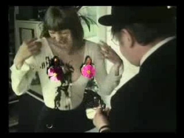 Segolene in the Benny Hill Show !!!