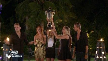Les Ch'tis brandissent le trophée !