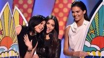 The Kardashians Ruled At The 2014 Teen Choice Awards Kim Kardashian, Kendall & Kylie Jenner