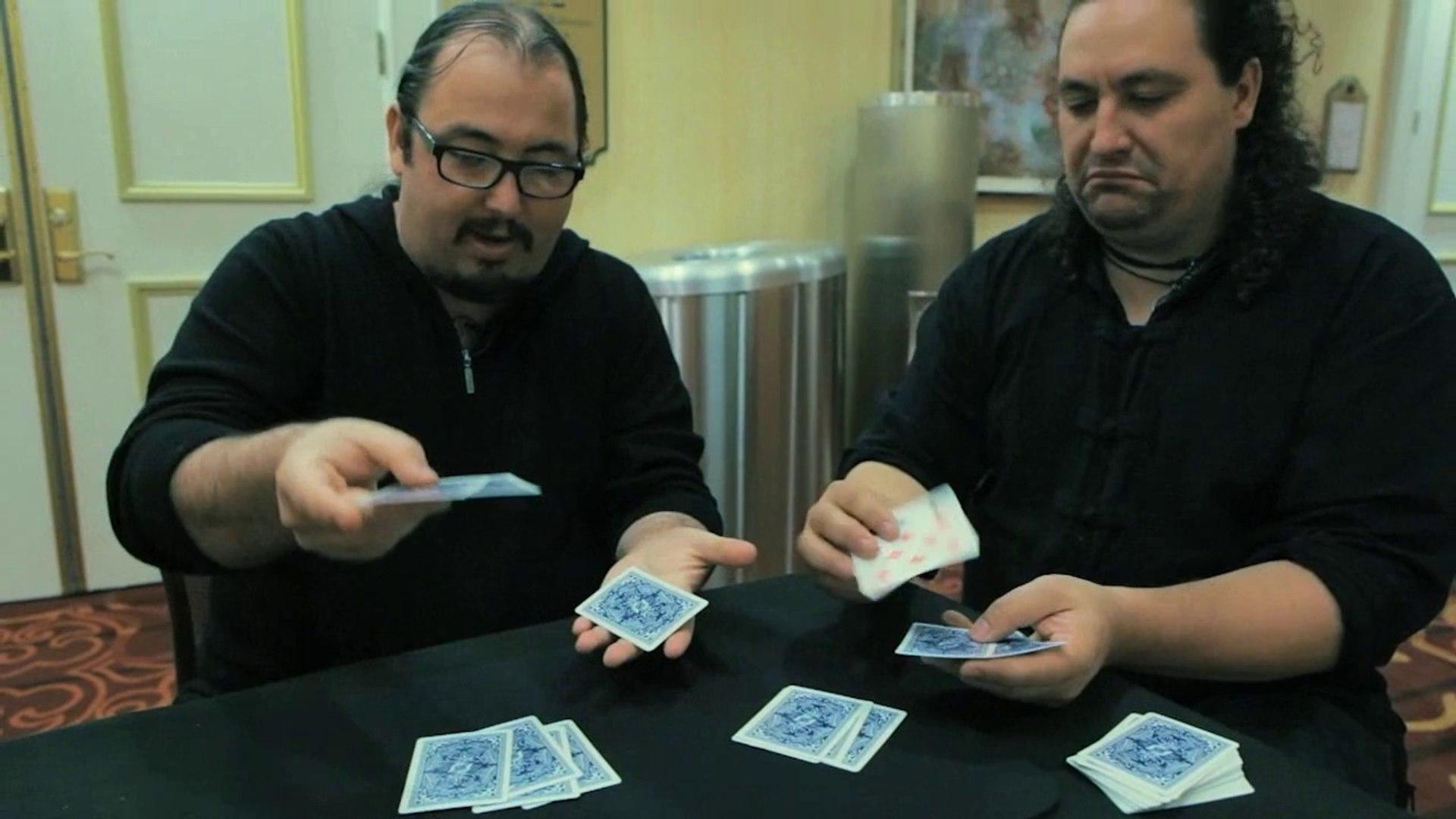 Da Ortiz And Water by Dani da Ortiz - Card Magic Trick