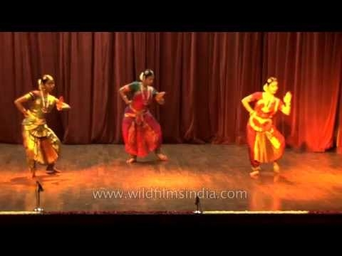 Bharatanatyam performance by a trio of Indian classical dancers