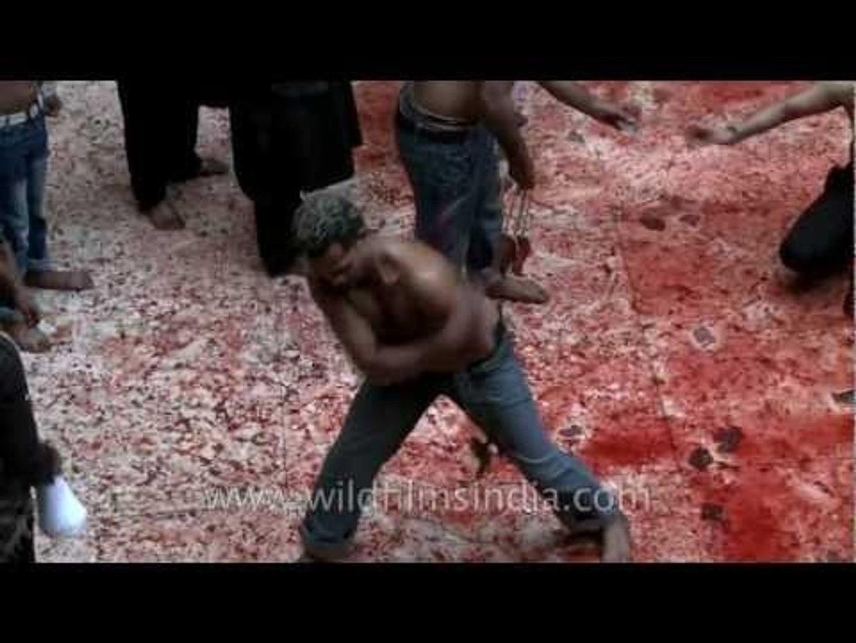 Religious ritual of lashing on Muharram