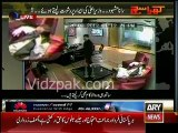 Rana Mashood Caught Red Handed while taking Bribe FOR CM SHAHB..
