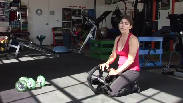 Abdominal Workouts _ Abdominal Roller Workout Instructions