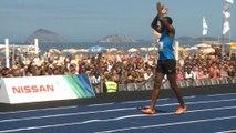 Bolt vince sulla spiaggia di Rio